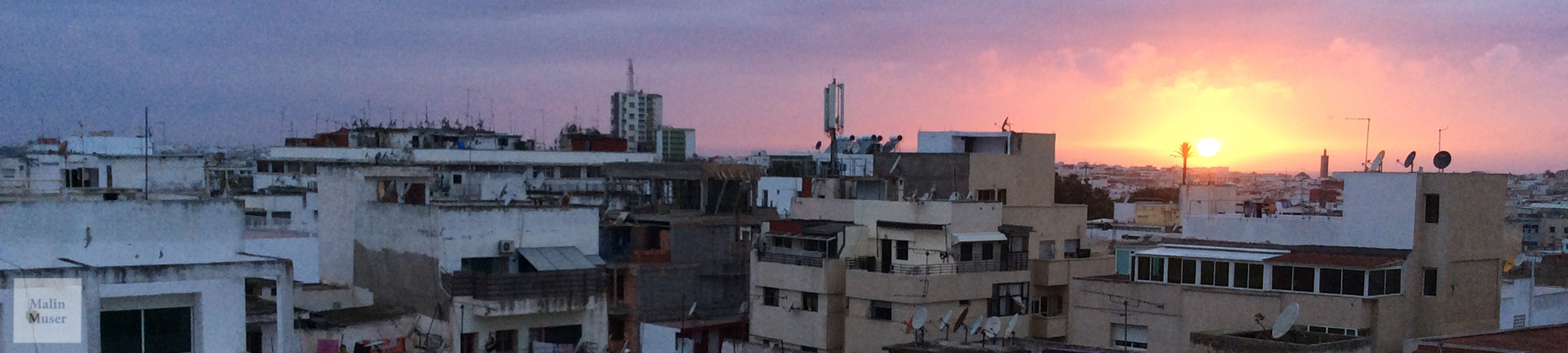 Blick auf Rabat im untergehenden Sonnenlicht (Marokko)